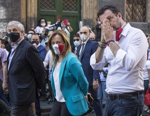 """La sberla del centrodestra: """"Così non va, non è il governo che l'Italia si merita e di cui ha bisogno"""""""