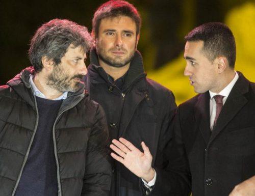 """I grillini si difendono e attaccano Di Battista: """"Ale ci ha offesi, non siamo come l'Udeur"""""""