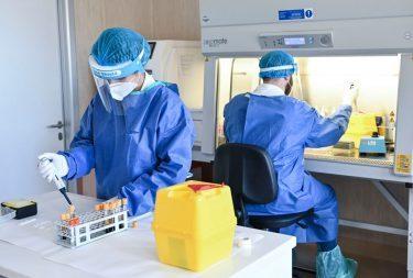 Virus, non si ferma: 10.925 contagi. Lombardia, Campania e Lazio le più colpite. Conte: oggi le nuove misure