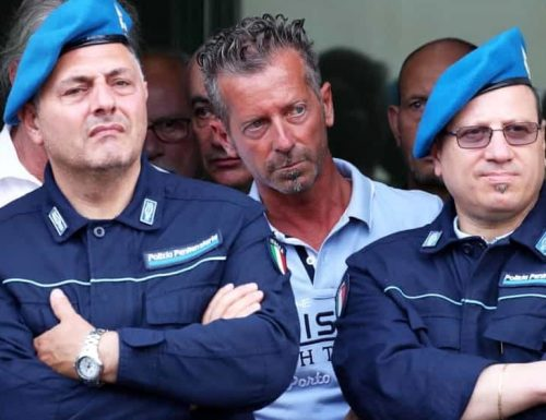 Omicidio Yara, si torna a parlare di Massimo Bossetti: la sorella cambia cognome per la vergogna, la sua reazione non è delle migliori…