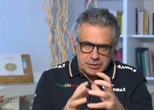"""Fabrizio Pregliasco più drastico di  Andrea Crisanti: """"Lockdown a Natale? Anche prima. Qual è il punto di non ritorno"""""""