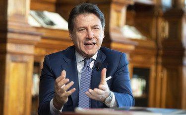 """Sciagura nomine, Conte si finge """"umile"""": """"È colpa mia"""". Poi scarica: """"I ministri erano d'accordo"""""""