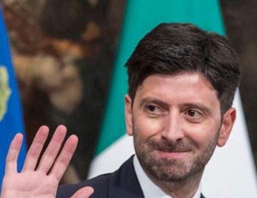 """Italiani senza """"speranza"""". Il vaccino promosso dal ministro Speranza è quello che funziona di meno. Serve una doppia dose"""