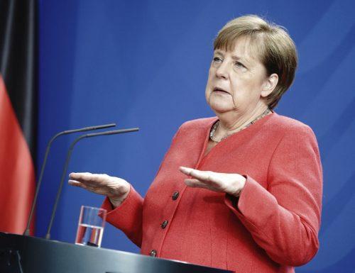 """La Germania affossa l'Italia: """"È una zona ad alto rischio"""". E sancisce regole più severe per chi viaggia"""
