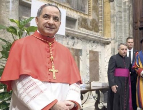 """Caso Angelo Becciu, Gaetano Daniele: """"Tutta una montatura per incastrare il cardinale"""". I Servizi? Ecco le prove"""