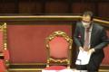 """Roba da pazzi, Stefano Patuanelli, la brutta figura al Senato del ministro: non ricorda il nome del """"decreto ristori"""""""