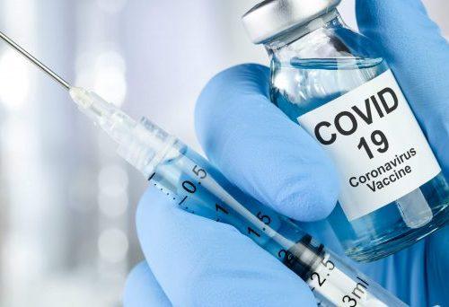 Vaccino Covid-19, ci siamo quasi, si parte a gennaio: obbligo per fasce d'età. Ecco le prime indicazioni