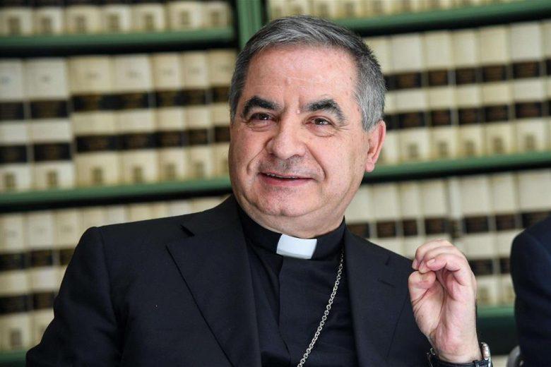 L'Espresso querelato da Becciu: accuse infondate, devolverò il risarcimento per opere caritatevoli