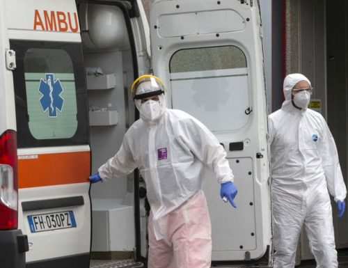 Covid: più contagi nel Lazio che in Campania. Morti altri 4 medici