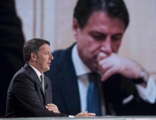 """Renzi si sveglia e accusa Conte: """"Chi è il genio che vuole dare 18 miliardi alla parità di genere e solo 9 alla Sanità?"""""""