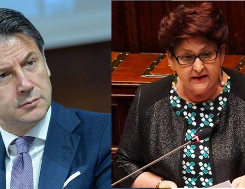 """La Bellanova a valaga contro Conte: """"Non si affidano 209 miliardi a un gruppo di amici"""""""