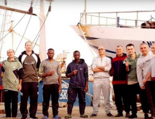 """Ecco quanto accaduto ai  pescatori: """"Ci umiliavano, ci mettevano spalle al muro e ci facevano angherie"""""""