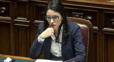 """La rivolta dei professori contro la ministra Azzolina: """"Non esiste nessun  piano scuola. Così non riapriamo"""""""