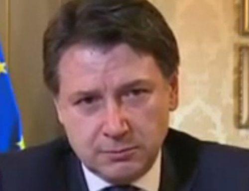 Le dimissioni di Conte ad oltranza, forse domani: il premier non sa dove sbattere la testa e spera in un terzo incarico