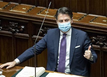 Conte fa acquisti a basso costo,  alla Camera è tutto ok: Polverini vota con la maggioranza e lascia FI. Oggi la conta al Senato
