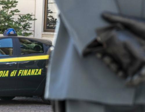 La Guardia di Finanza al Ministero della Salute e all'Iss: controlli a tappeto sul piano pandemico