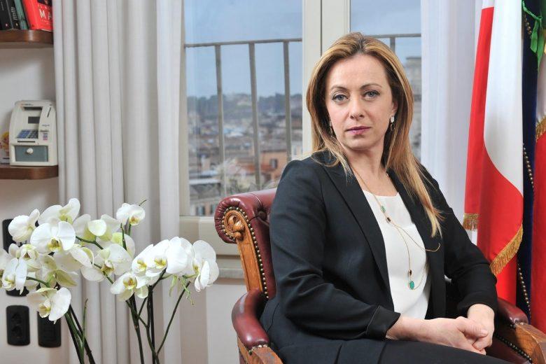 """Giorgia Meloni epocale: """"Non si ricostruisce l'Italia con chi l'ha distrutta"""""""