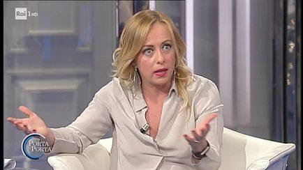 """Giorgia Meloni epocale a """"Porta a Porta"""": """"Non darò la fiducia a Draghi, ma voterò i provvedimenti utili all'Italia"""""""