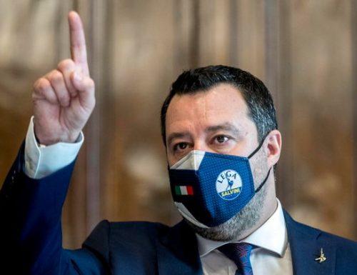 """La confessione di Salvini: """"Mi sono sentito con Di Maio. Invece con Renzi ci siamo messaggiati una volta sola"""". E chiarisce… ma comunque delude… Non si tratta con Di Maio… nemmeno per chi passa per primo la strada… Si passa e basta!"""