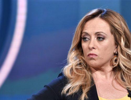 """Giorgia Meloni sull'immigrazione non le manda a dire: """"Bisogna fermare l'immigrazione illegale di massa, aspettiamo Draghi alla prova dei fatti"""""""
