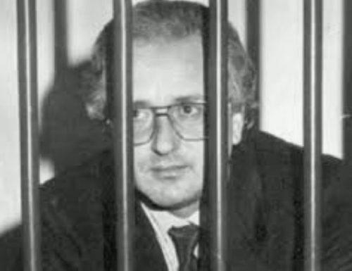 Morto il boss Raffaele Cutolo. 'O professore, capo della Nco