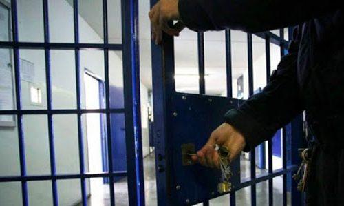 Inchiesta mascherine: scatta il primo arresto. Tra gli amministratori interdetti, anche Benotti
