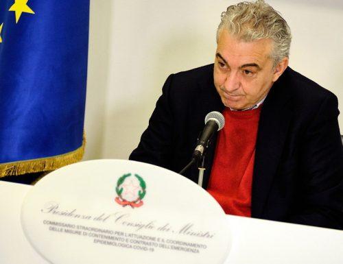"""Intercettazione-choc: l'imprenditore prende a pesci in faccia Domenico Arcuri: """"la gente muore e facciamo burocrazia?"""""""