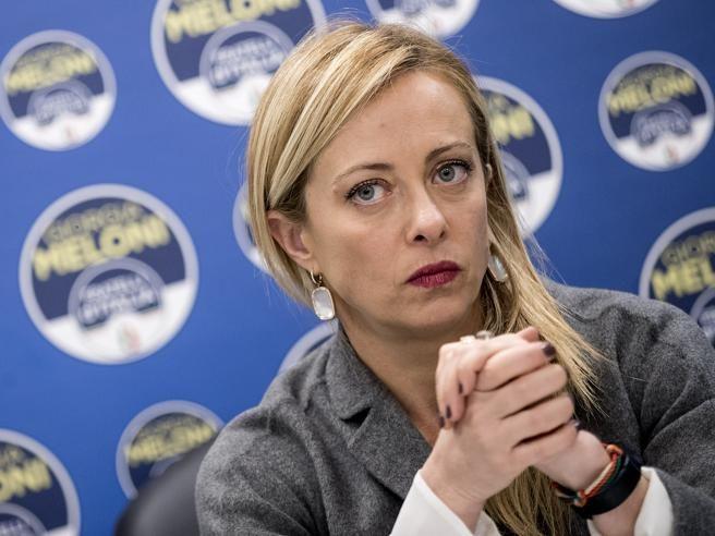 """Cashback, ecco la lettera di Giorgia Meloni a Draghi: """"Lo sospenda. Quei soldi devono essere destinati ai ristori"""""""