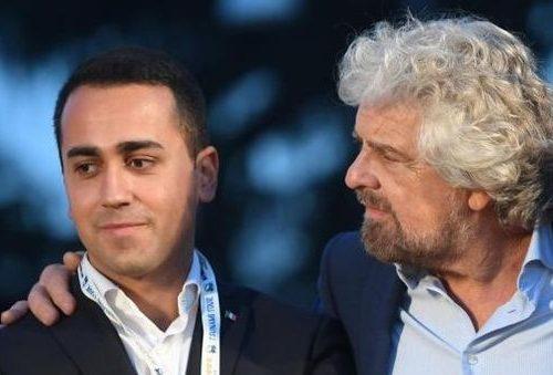 """M5S, Grillo tromba Di Maio: """"Tutti fuori dopo i due mandati"""". E in chat esplode la rabbia di chi non vuole tornare disoccupato"""