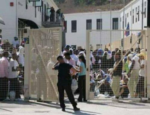 Variante nigeriana, terrore in Sicilia: primo caso per un immigrato scappato da un hotspot