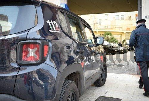 [Boom] Mazzette e festini nel cimitero: arrestato custode. Coinvolti anche politici e un ex maresciallo dei Carabinieri