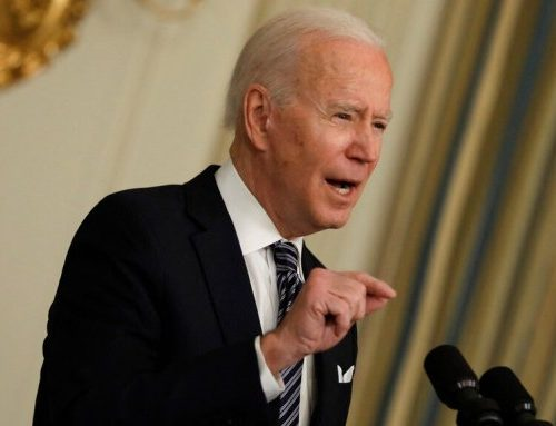 """Joe Biden la spara grossa: """"Putin è un assassino. Pagherà un prezzo molto alto"""""""