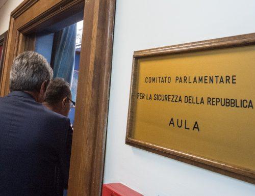 Copasir, scendono in campo 3  costituzionalisti: così si sta violando la legge, la presidenza deve andare a FdI