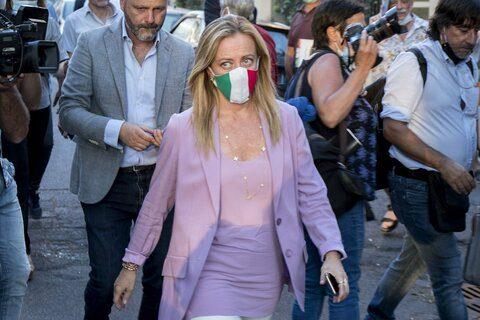 """Covid, Giorgia Meloni a Speranza: """"riferisca in Parlamento sugli indiani positivi che continuano ad arrivare"""""""
