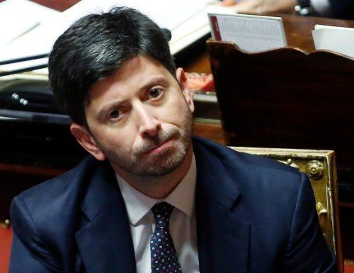 """La sfiducia a Speranza perde di consistenza, Salvini abbaia ma scodinzola la coda: """"Prima di votare parlerò con Sileri"""""""