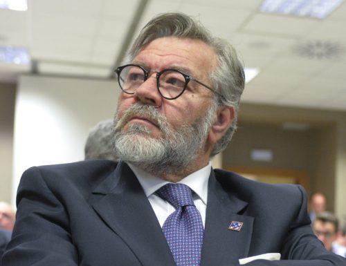 Servizi Segreti, bocce ferme nonostante la lettera dei 40 costituzionalisti. La legge va rispettata…. La presidenza spetta a FDI