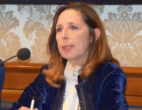 """Isabella Rauti prende a sberle il governo: """"Famiglie umiliate, Draghi come Conte: diminuisce le risorse per gli asili nido"""""""