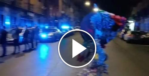Napoli, un anno fa l'omicidio dell'agente Pasquale Apicella. L'omaggio dei colleghi è commovente (Video)