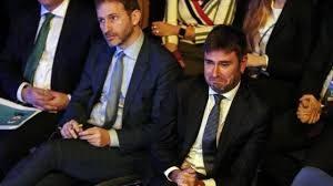 """Casaleggio junior apre la guerra interna al M5S con il """"Sum"""" in ricordo del padre. Di Battista si schiera a favore"""