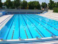 """La ricerca conferma: il cloro uccide il Covid. Giorgia Meloni: """"Il governo non ha più scuse, riapra le piscine"""""""