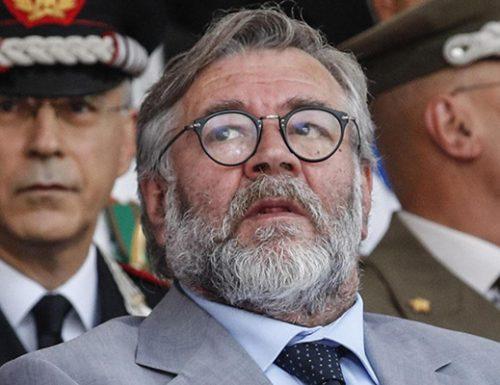 Servizi Segreti, truffa su WhatsApp: hackerato il cellulare del presidente Volpi (Copasir)