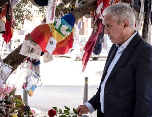 """Il ricordo di Borsellino, l'agente sopravvissuto alla strage: """"Michele Santoro e il suo pentito hanno macchiato il nostro operato"""""""