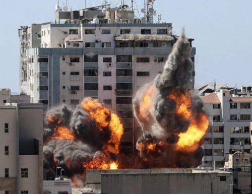 Gaza, la Guerra non si arresta. Israele: uccisi oltre 150 terroristi di Hamas. 212 le vittime
