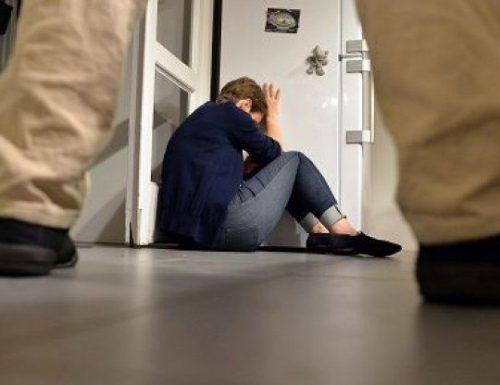 Violentate e picchiate in un B&B all'Esquilino: vittime una 18enne e una 15enne, arrestato afghano