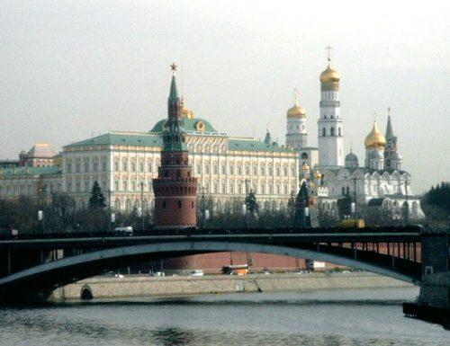 007 russi si confondono in  Europa: dalla Repubblica Ceca all'Afganistan fino all'Ucraina: ecco a cosa punta il Cremlino dal bunker… di Mosca