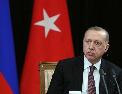"""Sbarchi in Italia,  il sospetto su Erdogan: """"Ha la forza per aprire e chiudere i flussi"""""""