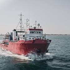 Immigrazione, la Sea Eye tedesca punta verso l'Italia. Malta si lava le mani e la Germania fa orecchie da mercante