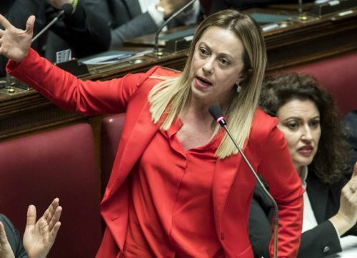 """Spese detraibili solo se tracciabili? L'ira di Giorgia Meloni: """"Pazzesco, siamo al liberticidio"""""""