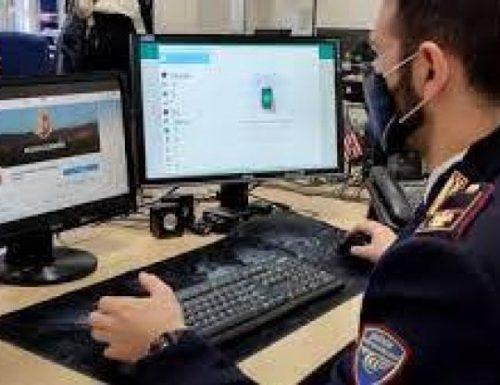 Orchi sul web: arresti tra Gorizia e Napoli. I pedofili scambiavano foto e ricattavano i bambini nelle chat. Foto inviate per aggraziarsi i partner