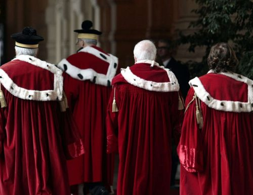 Magistratura, Referendum? No grazie… faremo le barricate.. Il presidente dell'Anm lancia la carica